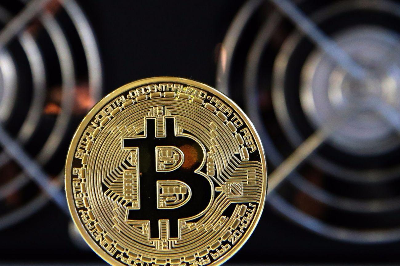 Earn Bitcoin Coinbase Login The Easy Way By Referring To Some of The Effective Methods