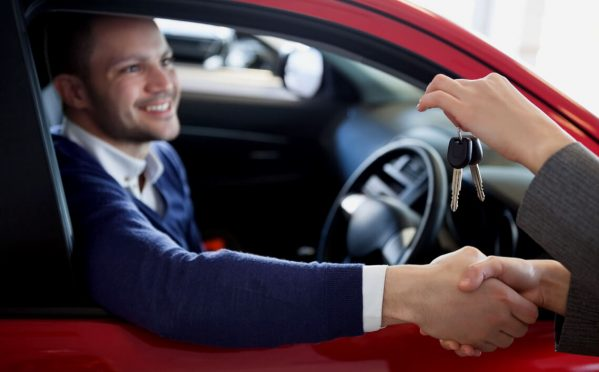 Tips to rent a car in LAX